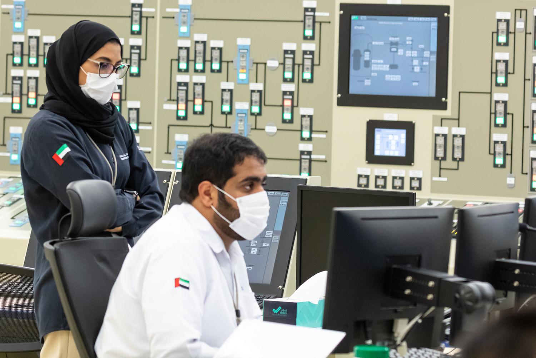 بالتزامن مع يوم المرأة الإماراتية ..المحطة الثانية في براكة تبدأ عملياتها التشغيلية بنجاح