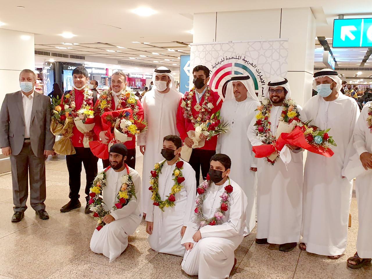 استقبال بالورد لمنتخب الرماية لدى عودته من المشاركة في البطولة الآسيوية