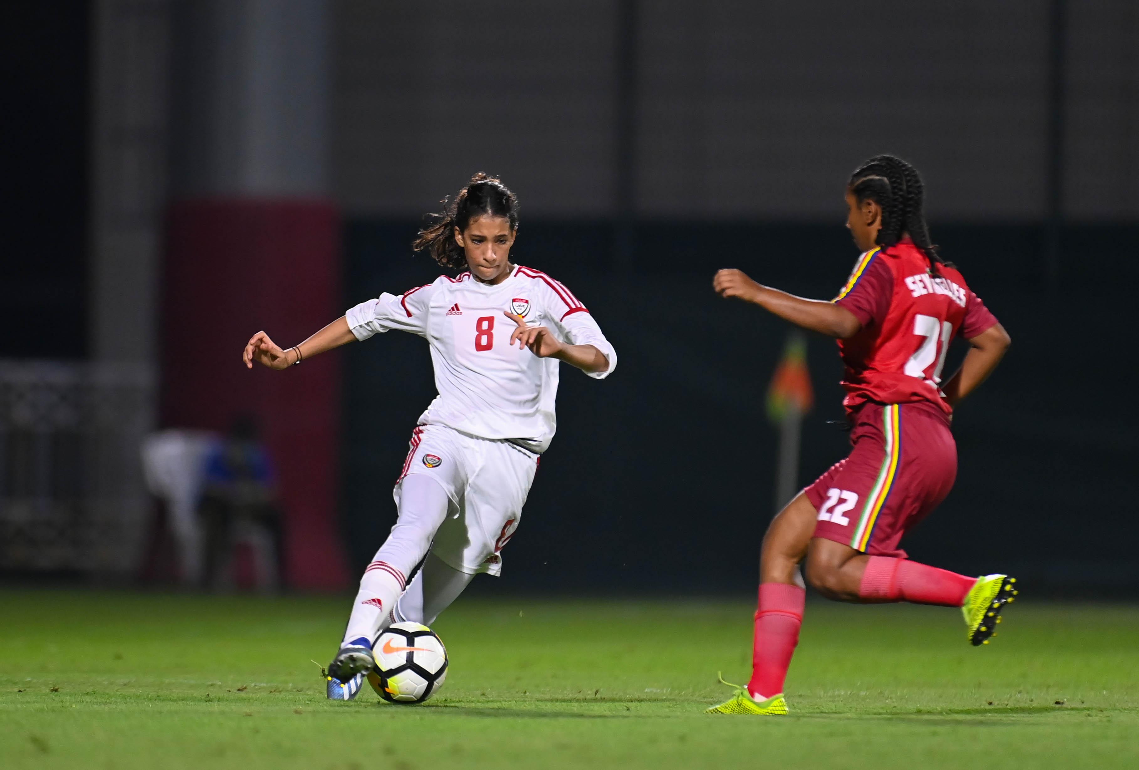 منتخب سيدات الكرة يهزم سيشل برباعية في ختام معسكره الداخلي
