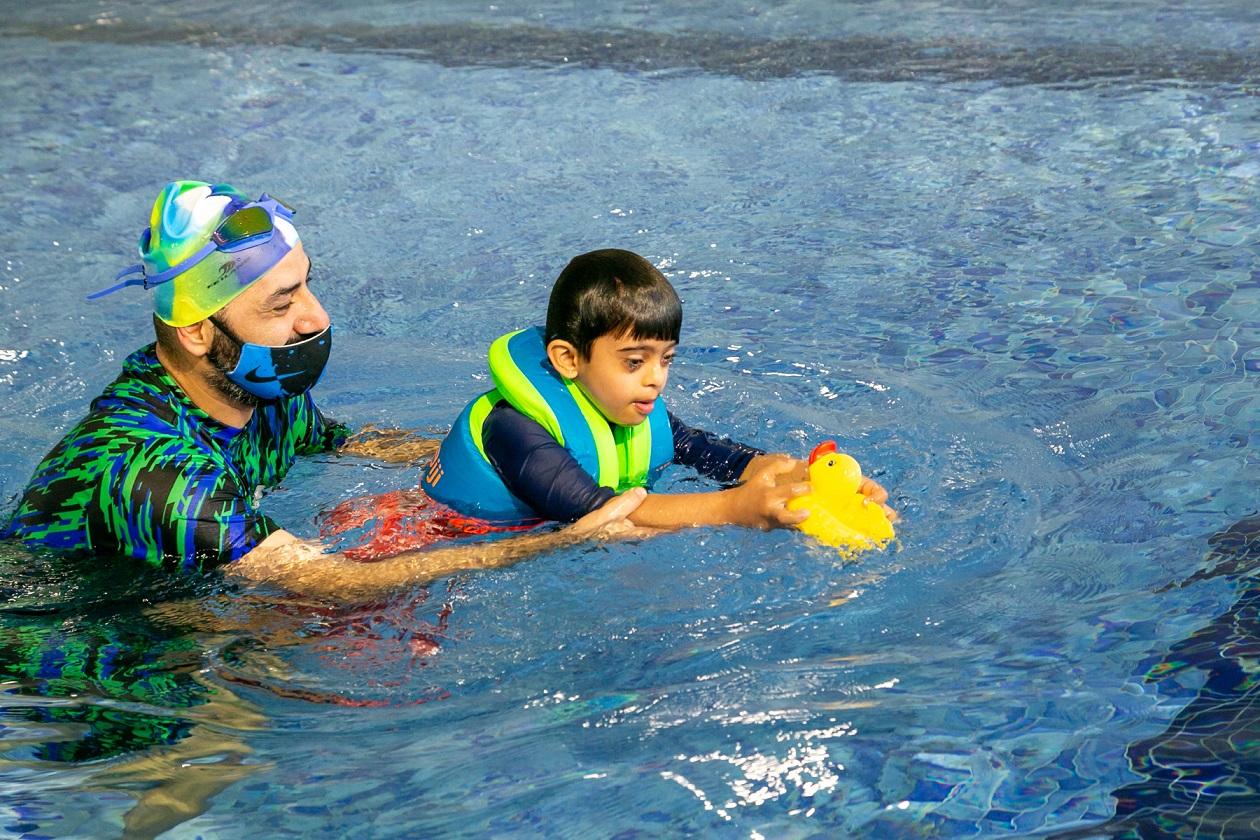 هيئة تنمية المجتمع تطلق برنامج الأنشطة المائية الوظيفية الهادفة