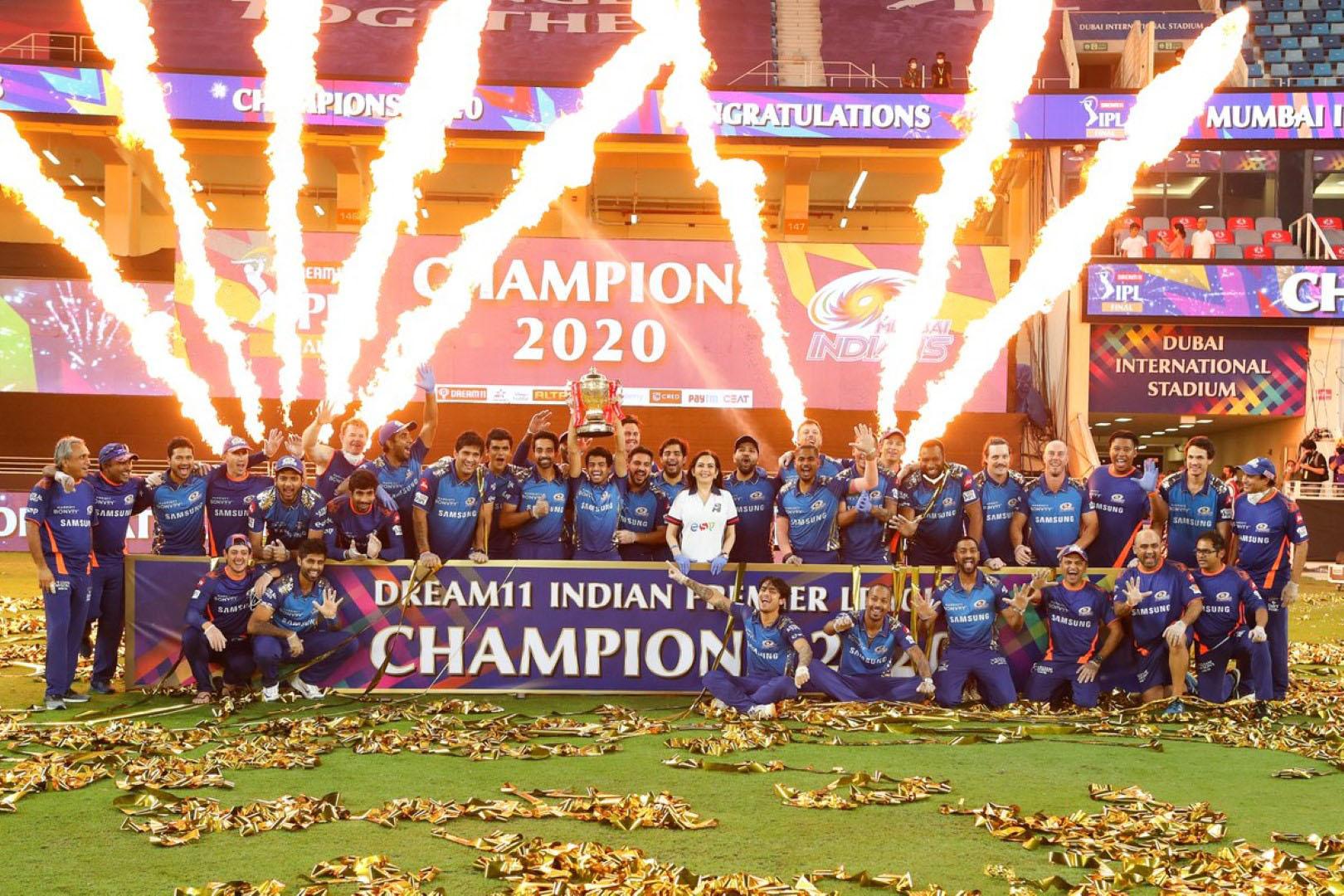 دبي تستضيف المباريات النهائية للدوري الهندي الممتاز وكأس العالم للكريكت