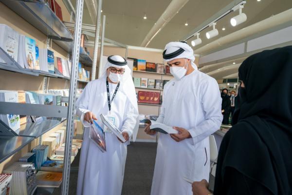 خالد بن محمد بن زايد يفتتح الدورة الثانية عشرة من معرض العين للكتاب