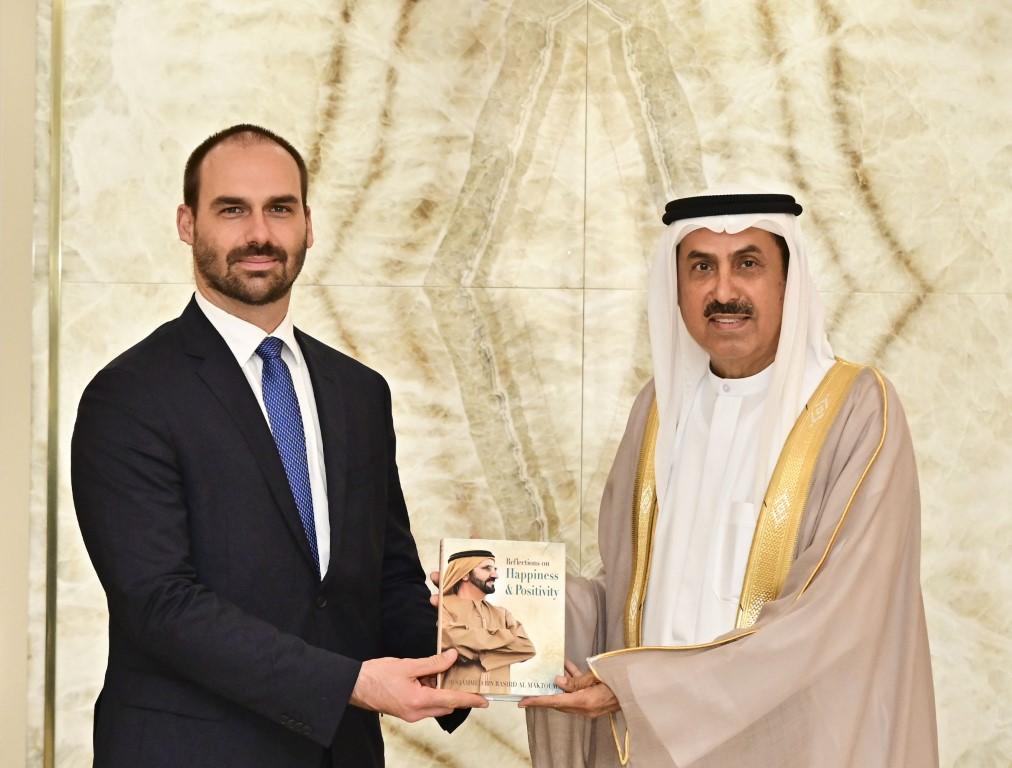 صقر غباش يبحث مع رئيس مجموعة الصداقة البرلمانية الإماراتية البرازيلية سبل تعزيز علاقات التعاون
