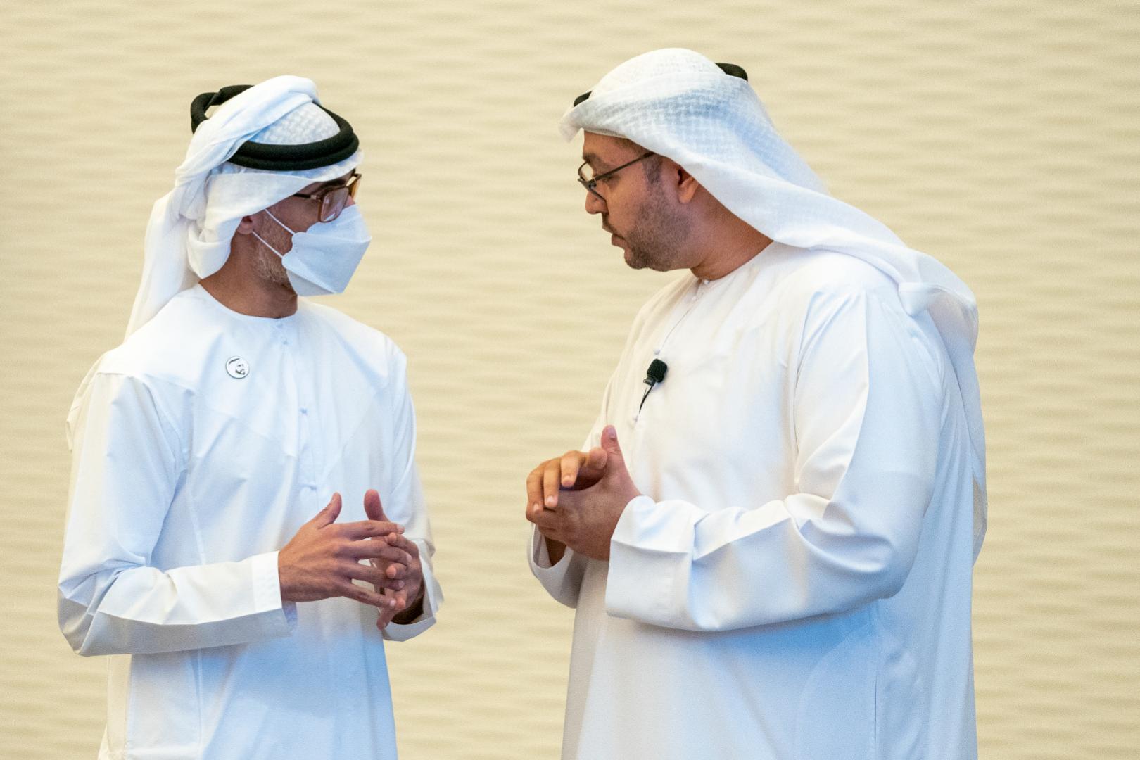 خالد بن محمد بن زايد يشهد إطلاق منصة التحليل والاستقراء لمركز الإحصاء - أبوظبي
