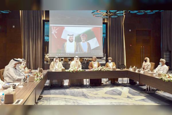 الإمارات وعمان تؤكدان أهمية التعاون في مجالات الصناعة والتكنولوجيا المتقدمة